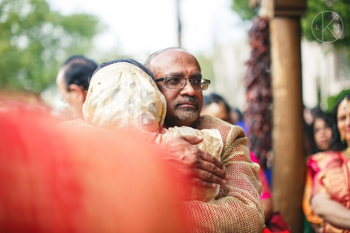 Vidai-indian-wedding-ceremony-photography-documentary_laura-k-moore