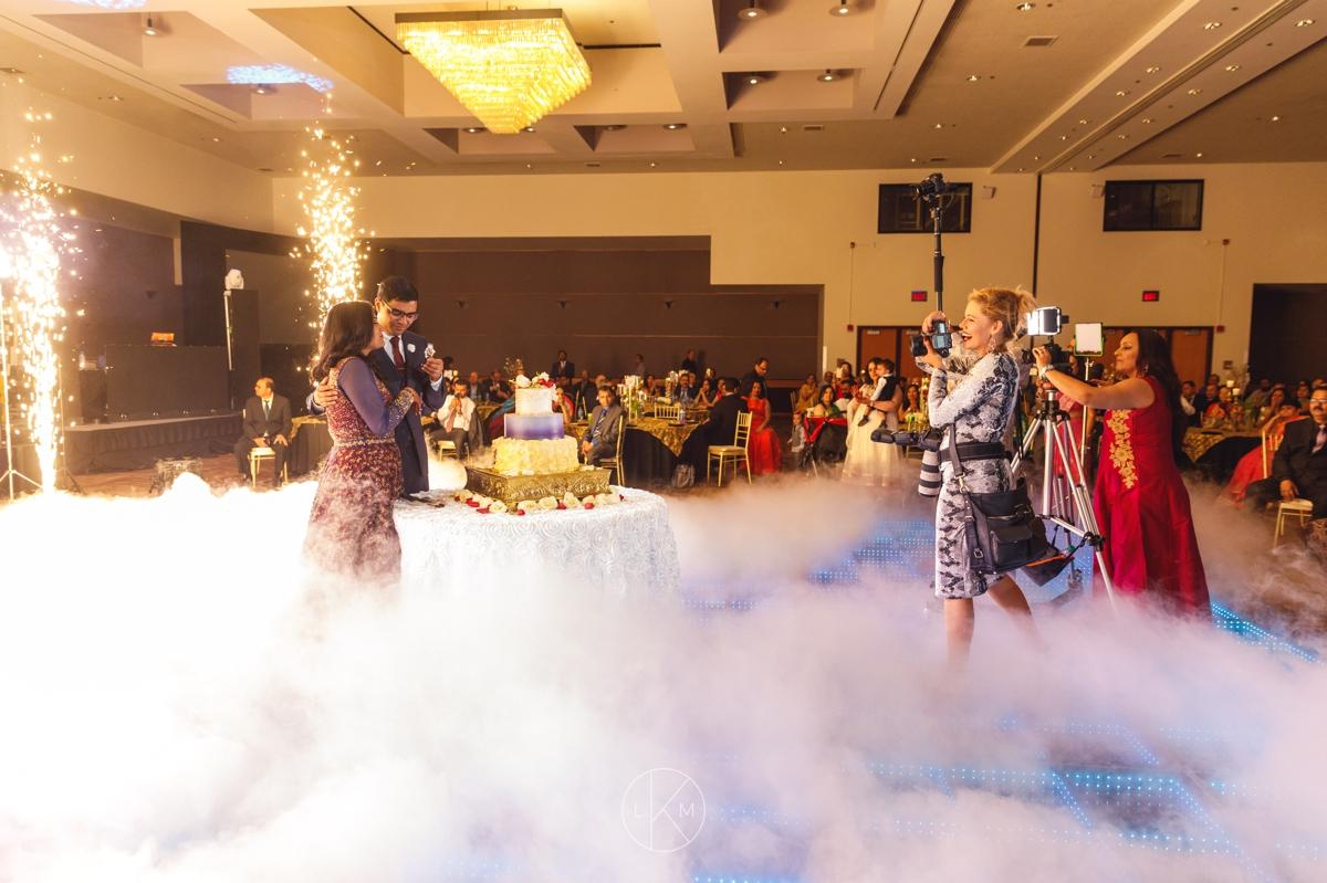 dramatic-indian-reception-wedding-inspiration-laura-k-moore-photography-destination-photographer