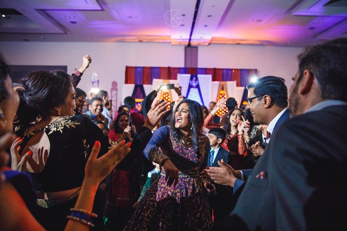 arizona-indian-wedding-photographer-wydham-resort-tucson-laura-k-moore_KATAKIA_000133.JPG