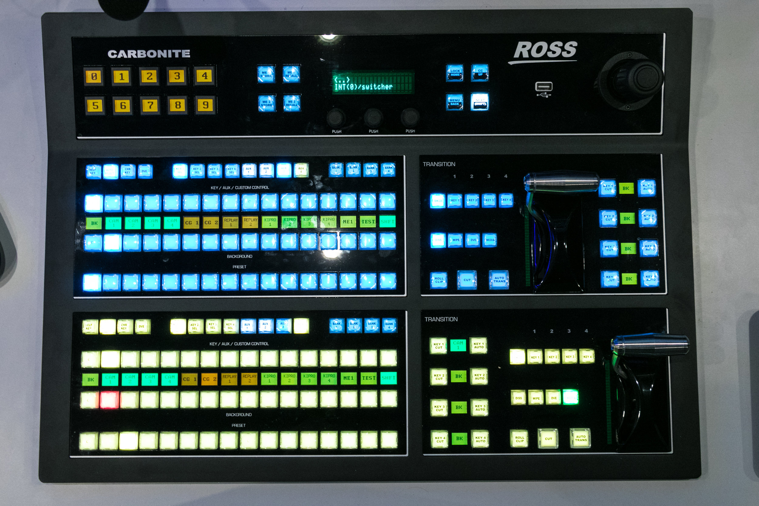 Ross Carbonite Black Switcher