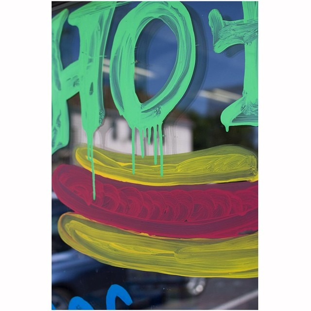 Hot drip. I don't know you know what I mean?July 2019. • •  #aintbad #fuji #uncertainmag #rentalmag #film #ifyouleave #eyeshotmag #burnmagazine #street #myfeatureshoot #noicemag #ourstreets_ #millennium_images #underdogsmagazine #streetphotographersmagazine #photoroomopen #anewnothing #hotdog