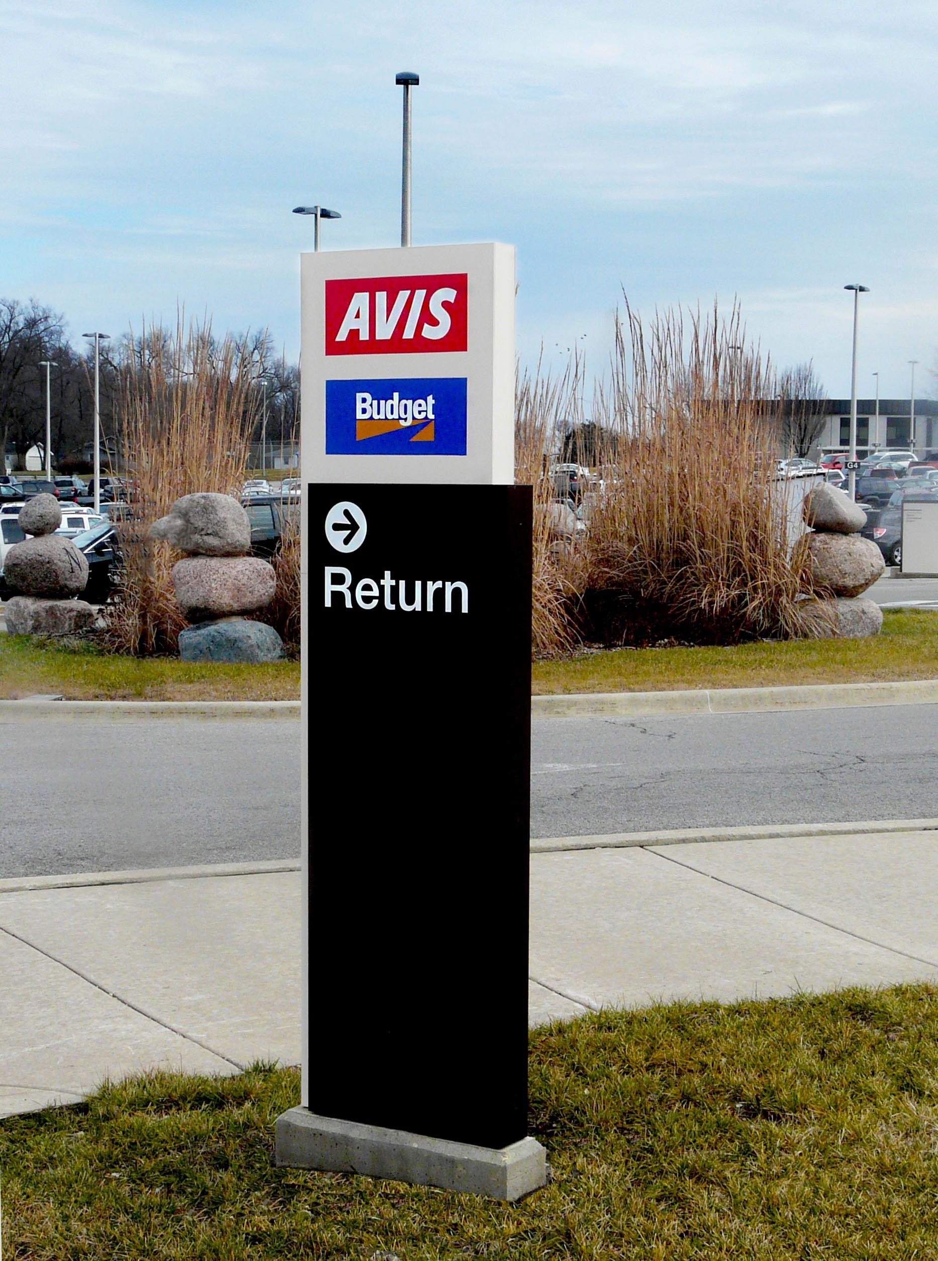 Rental Car Signage At Peoria Airport