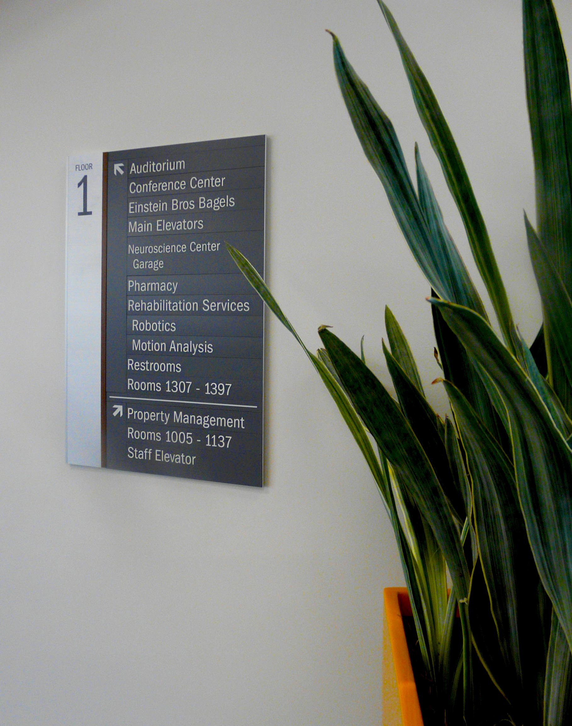 directional hospital wayfinding sign.jpg
