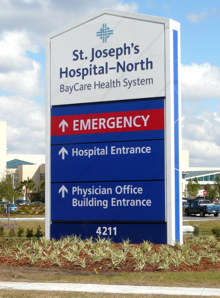 Exterior Hospital Signage System