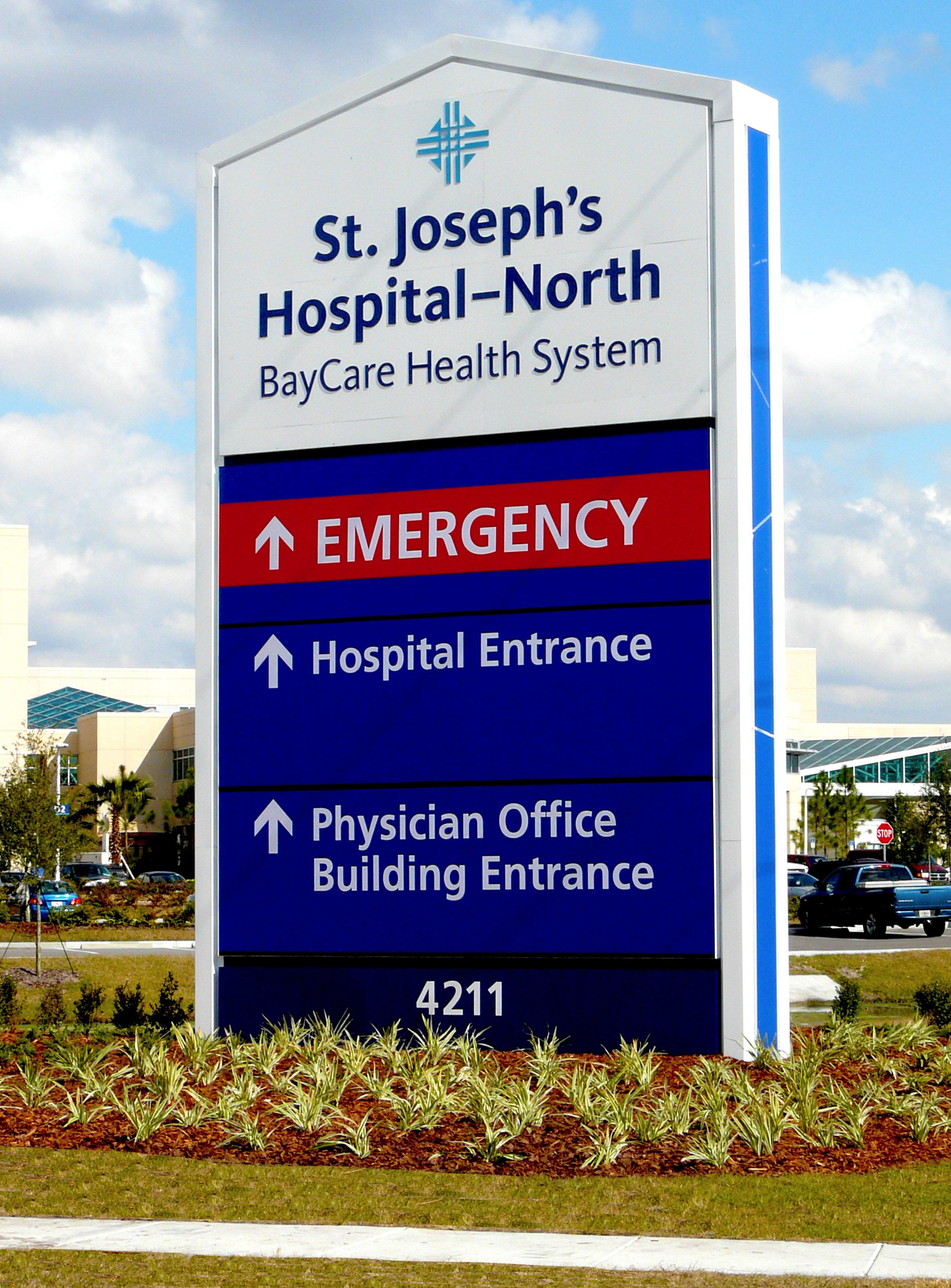 Exterior main hospital signage.jpg