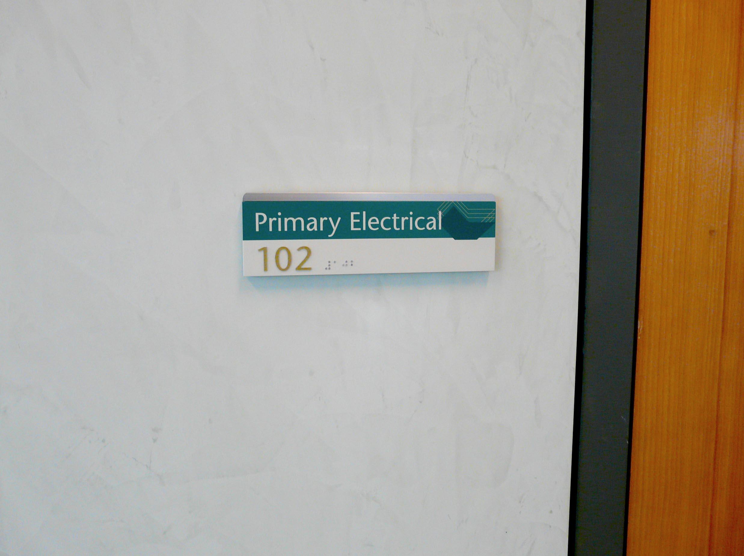 university signage wayfinding.jpg