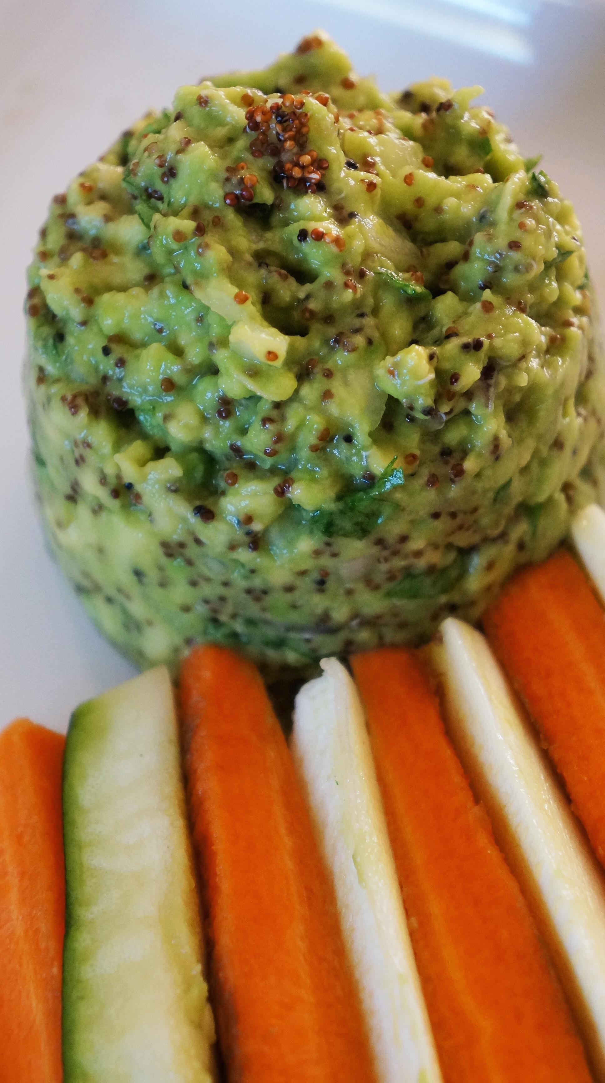 Guacamole &Qunoa Roja + Zucchini/Carrots