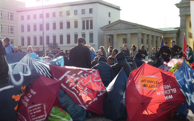 INDEPENDENT WORK    Asylum Seekers on Strike
