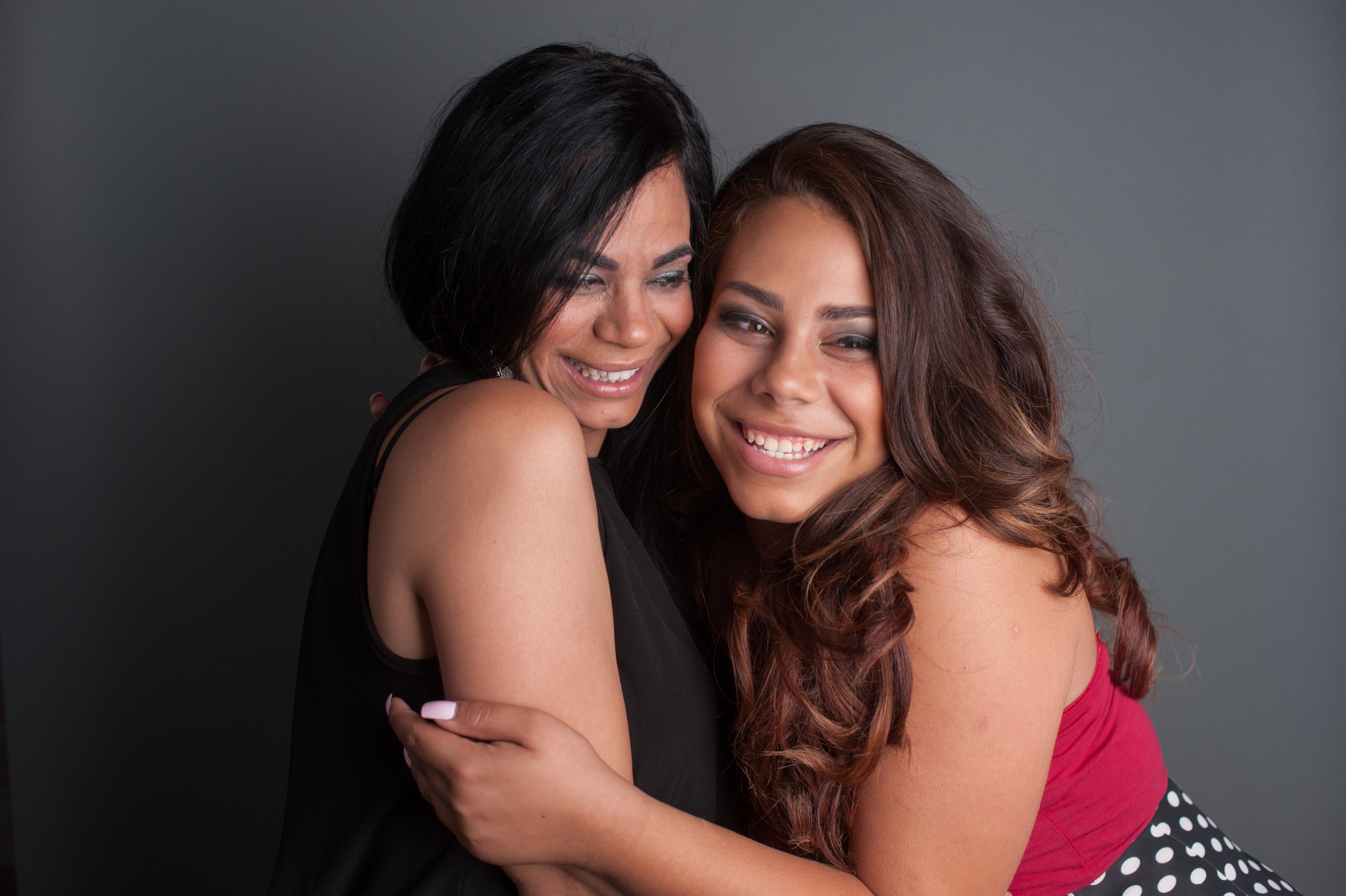 Mother Daughter Beauty Glamour Photo | Nomee Photography | Chicago Portrait Family Photogrpaher