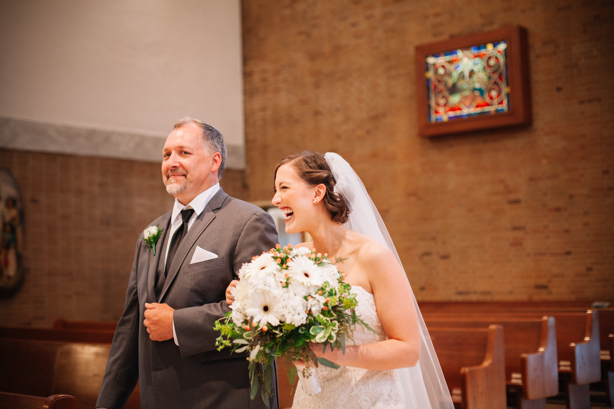 06.16 - Lauren + Scott - ceremony - color -208.jpg