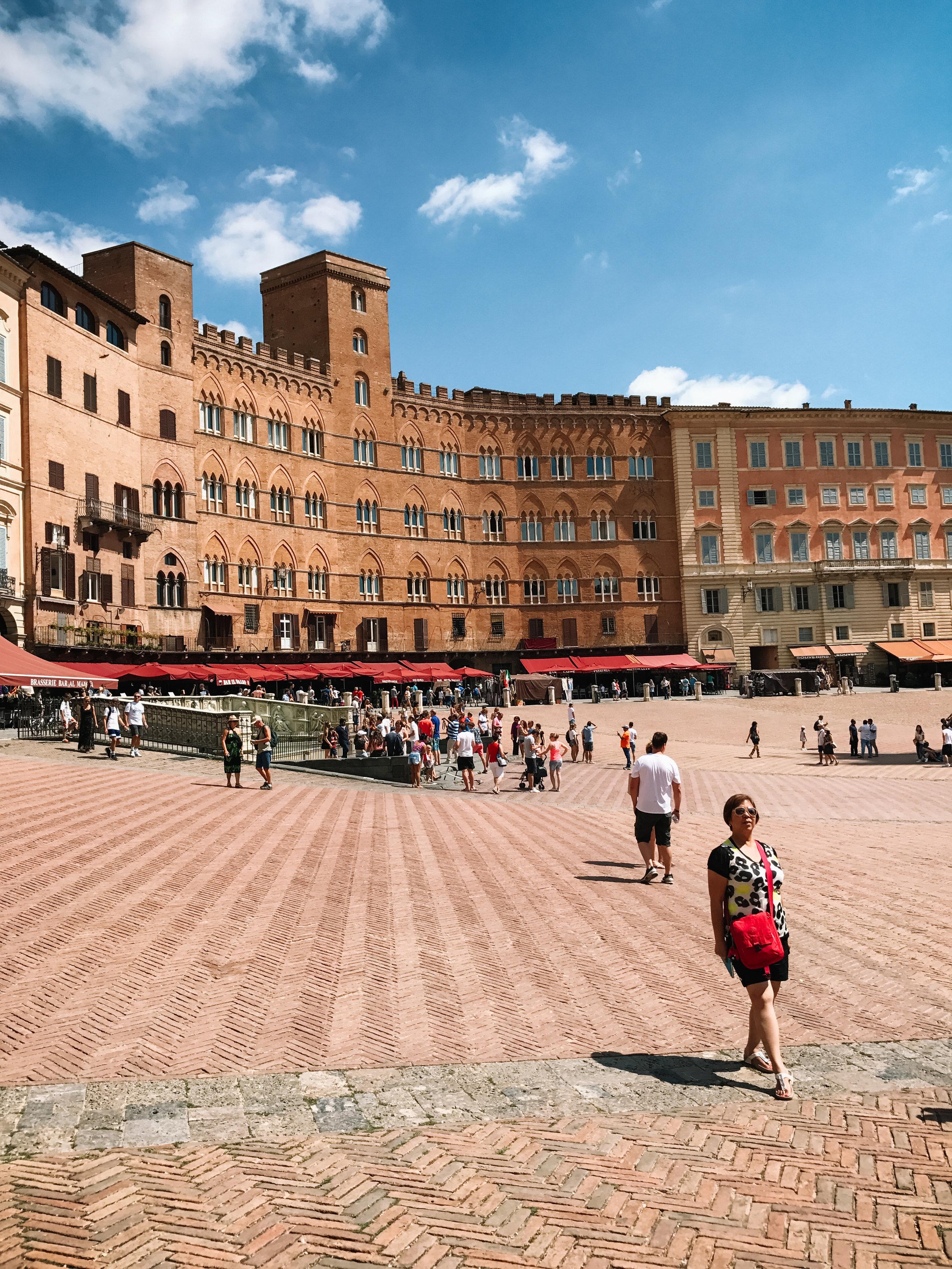 Italy-Siena-2.jpg
