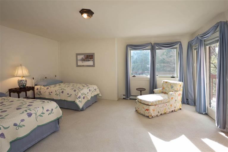 Bedroom 3 b4.jpg