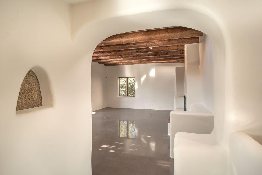 Living Room 4 B4.jpg