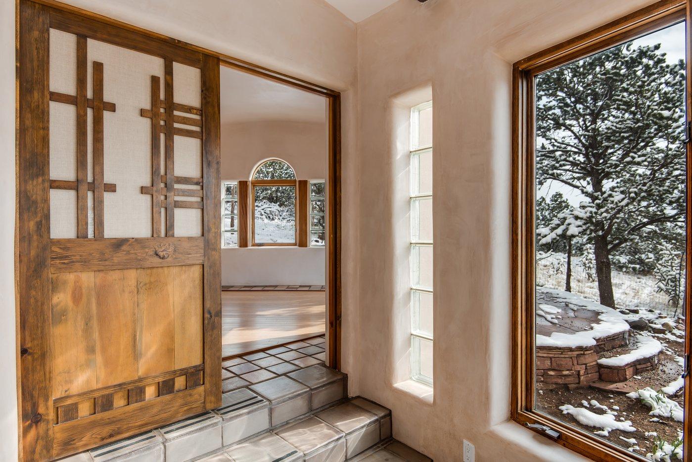 Door into office B4.jpg