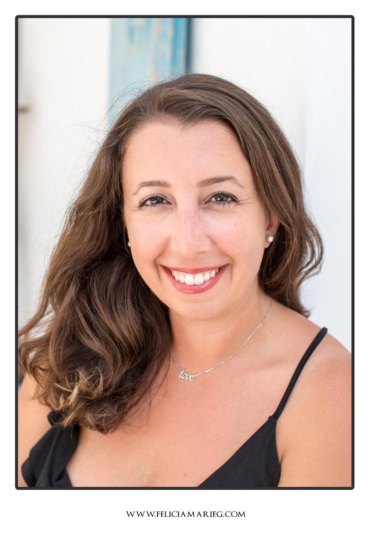 Felicia-Giouzelis-headshot.jpg
