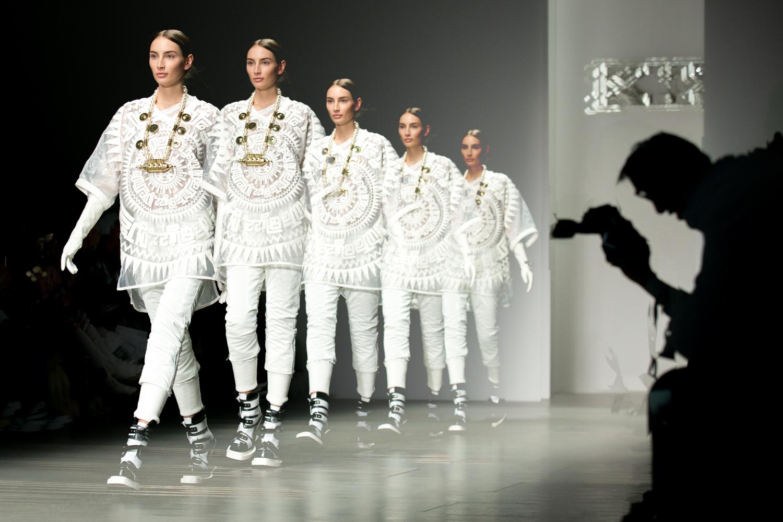 fashion_portfolio_TOM_NICHOLSON_012.jpg