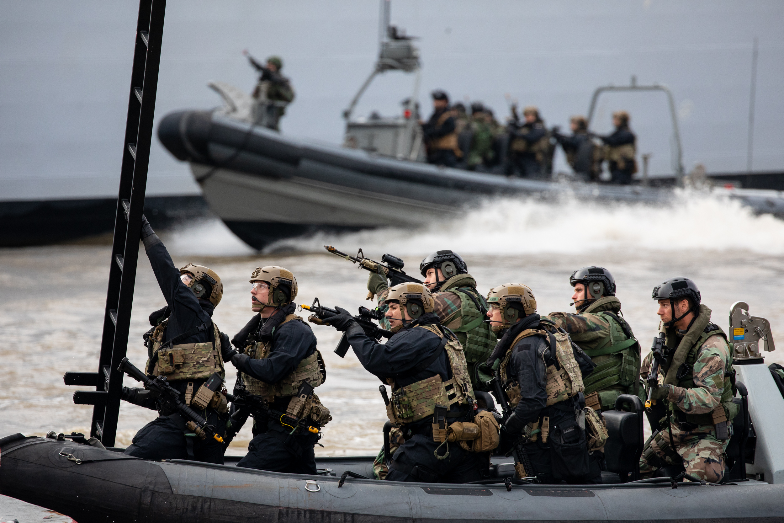 Royal Marine Commandos take part in a demonstration on the River Thames as part of the state visit by Dutch Royals King Willem-Alexander and Queen Maxima. October 2018 - London, UK.