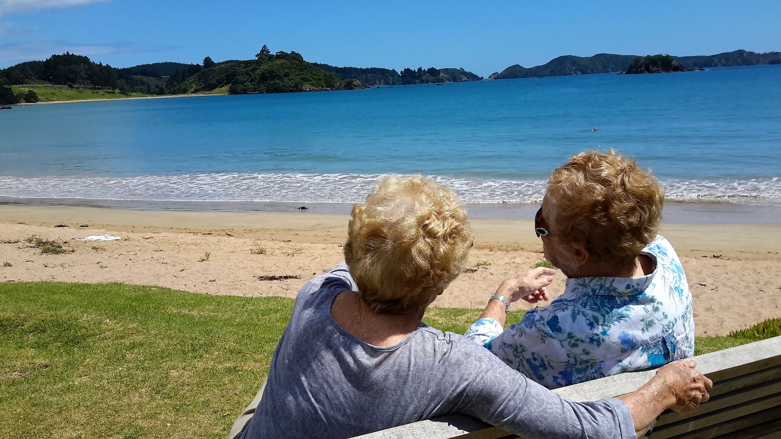 I have just taken my beautiful Mum and her cousin Rosa, who was over from Australia, for a whirlwind tour of Northland. They are both 90ish and really enjoyed the trip.They both have a great attitude to life, and if I have their genes, I will be very happy.