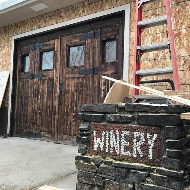 We recently helped to complete this hempcrete installation in Grants Pass Oregon for Hemp-Technologies. This is going to be Apricity Vineyards new tasting lounge which will be opening to the public in a few months. The interior will be left exposed so that all visitors will get a first hand look at what hempcrete is while they are sampling the latest wines from the property. If you are driving through Oregon this will be a great place to visit!