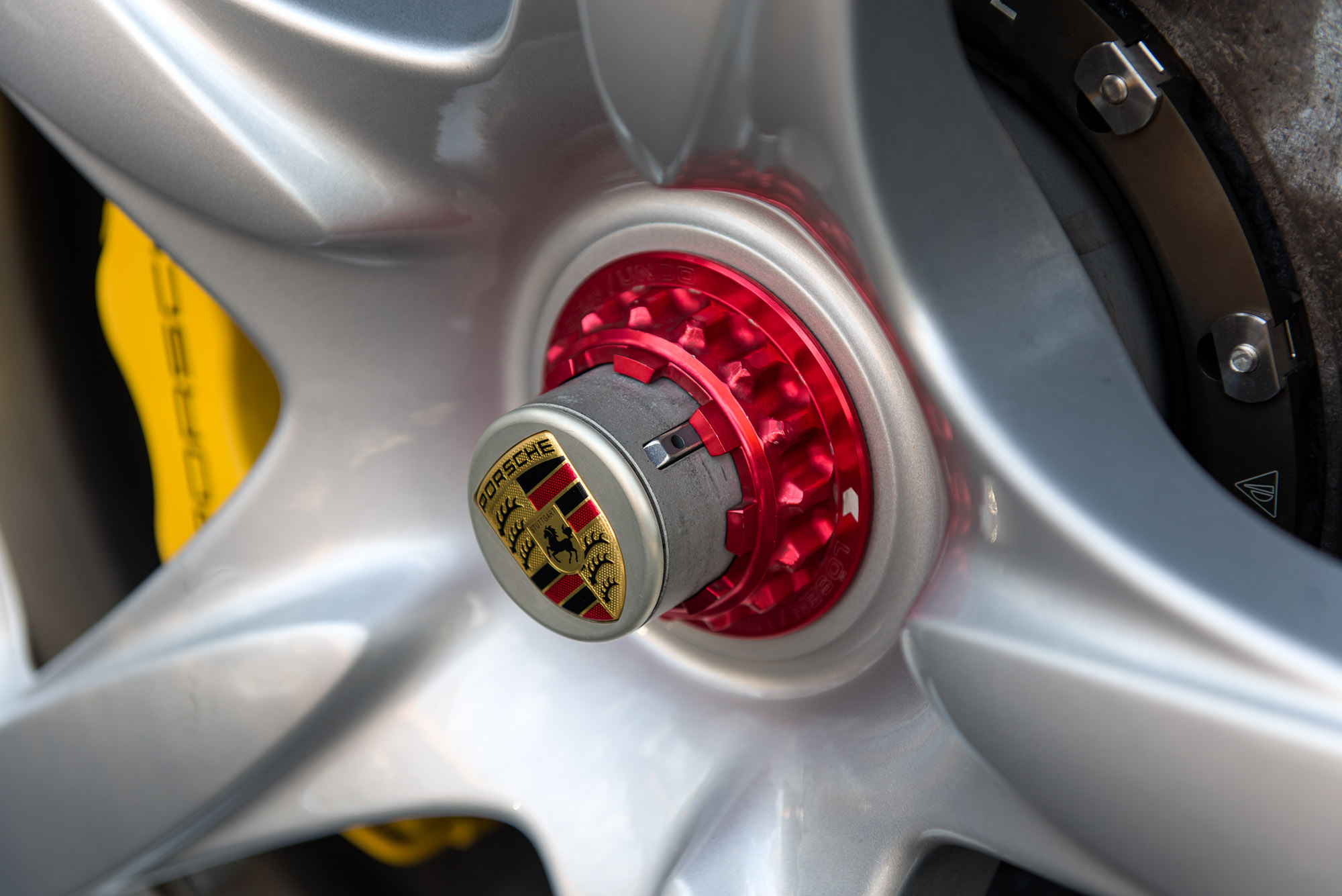 Wheel closeup - Porsche Carrera GT