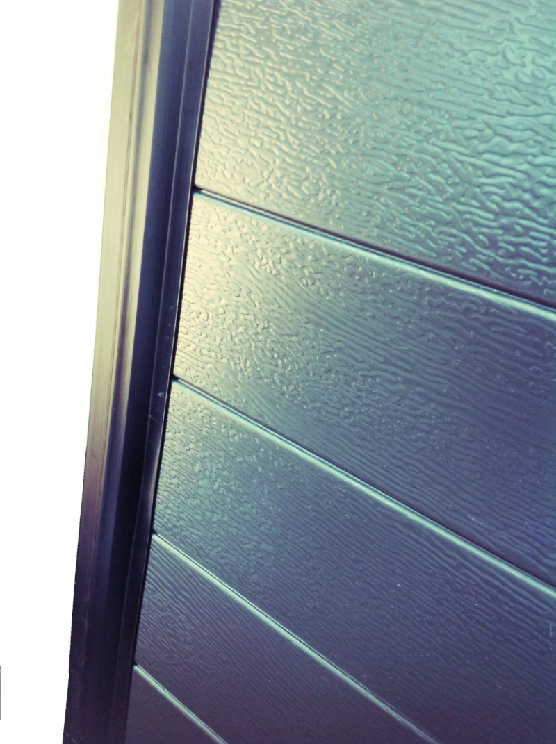 Our Sectional Overhead Doors come standard with flush fitting jamb seals