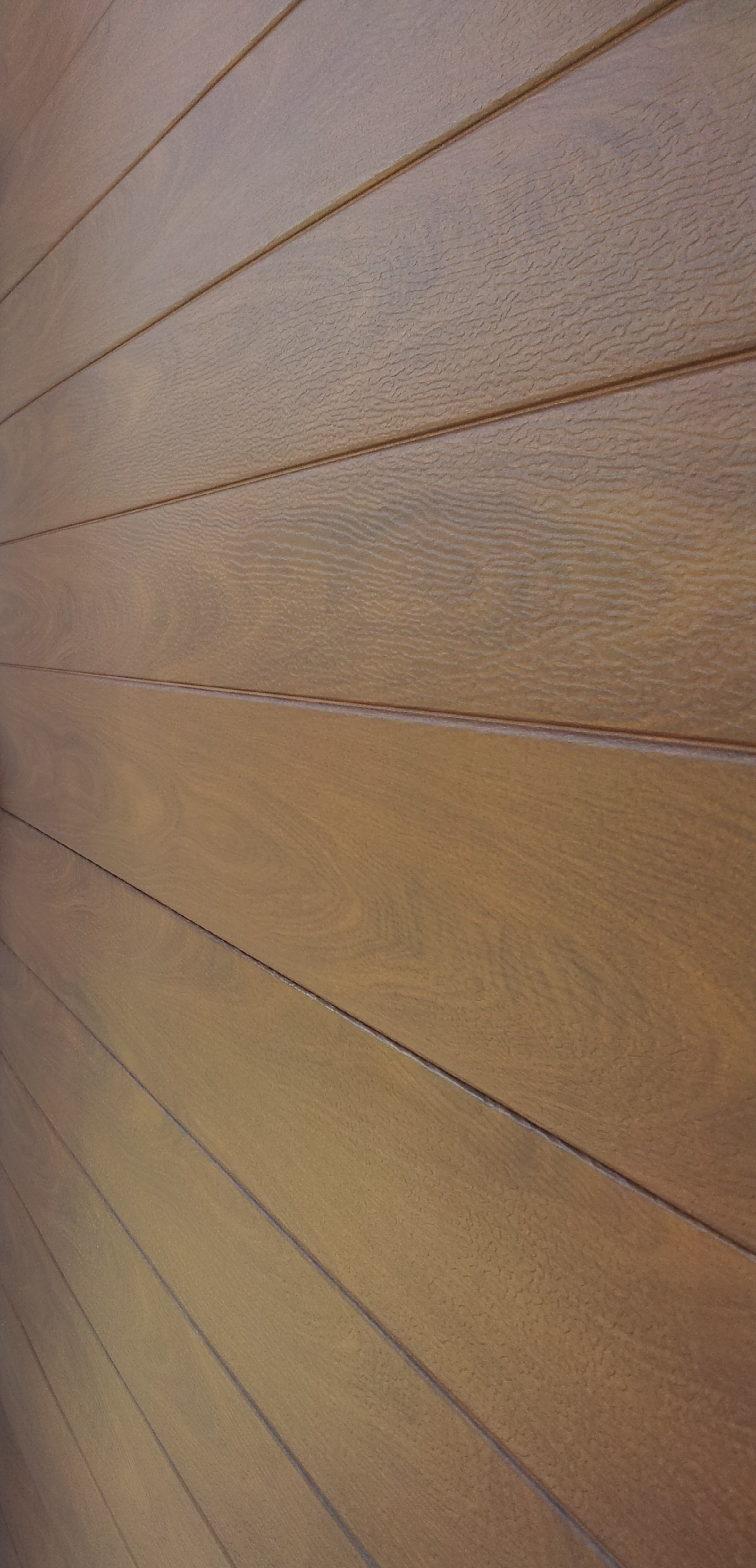 close up of woodgrain embossing (click on image to enlarge)