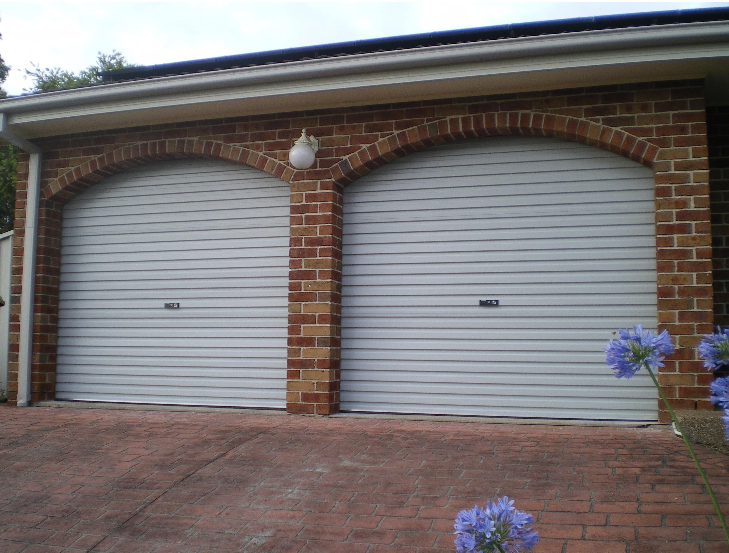 GLIDEROL SHALE GREY ROLLER DOORS (CLICK TO ENLARGE)
