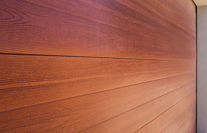 TUSCAN TIMBER LOOK STEEL SECTION DOOR (one click on image to enarge)
