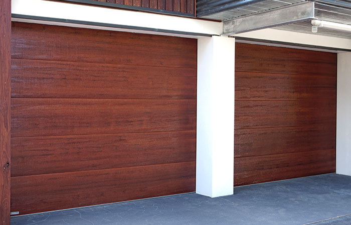 TUSCAN NATIVE SERIES sectional overhead door (click on image to enlarge)