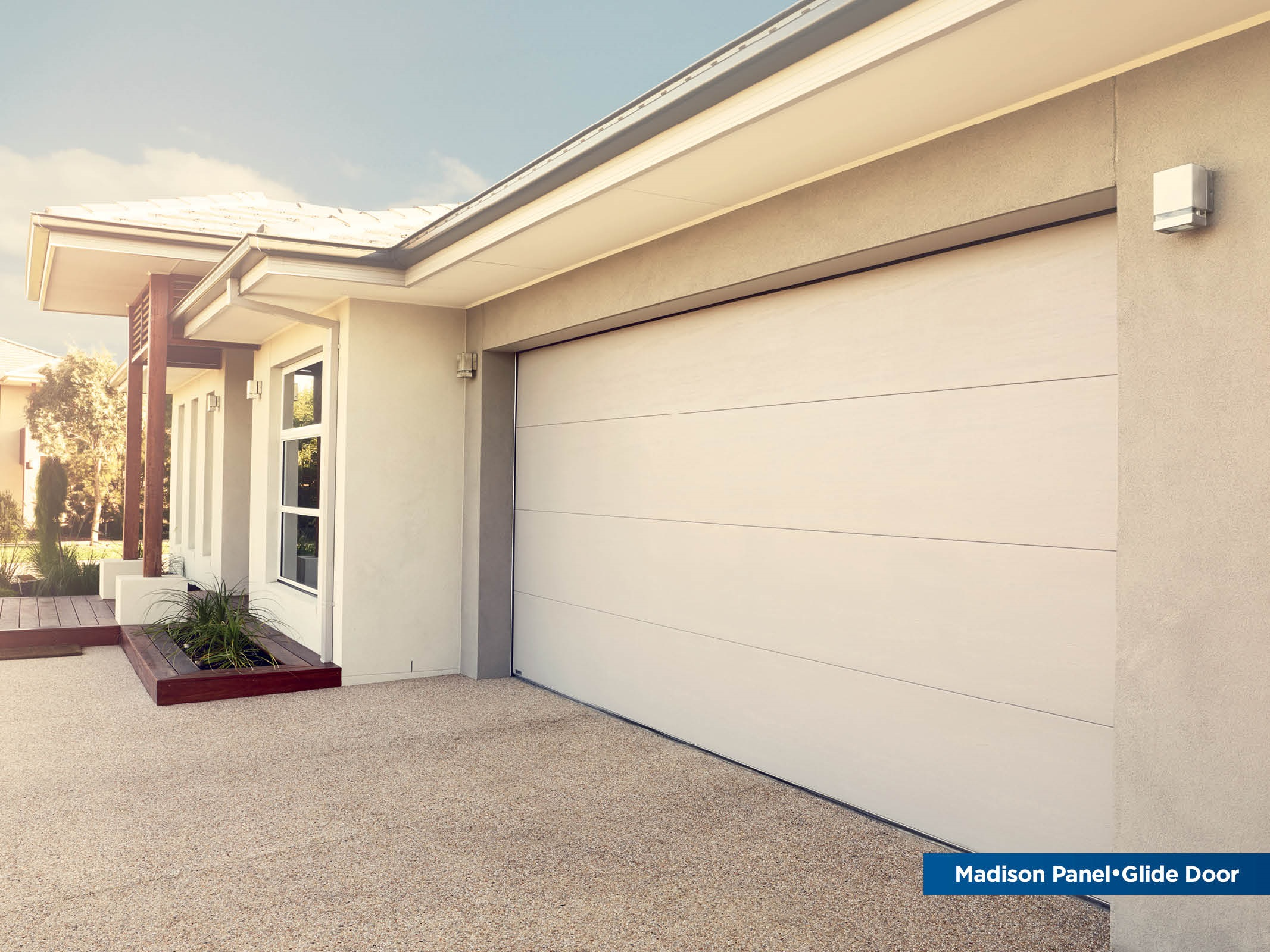 'MADISON Colorbond sectional door (click to enlarge)