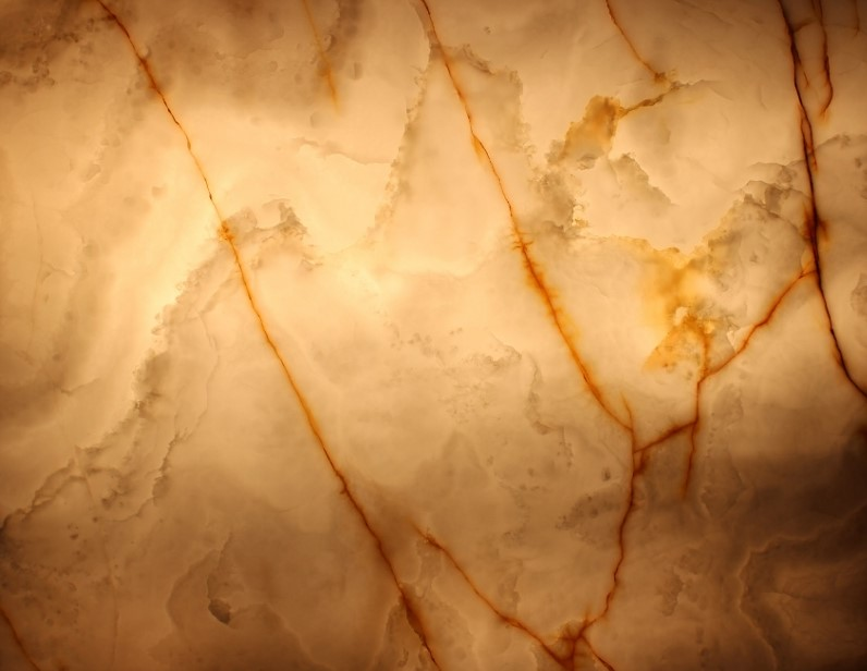 Onyx Bianco Extra - Light.jpg