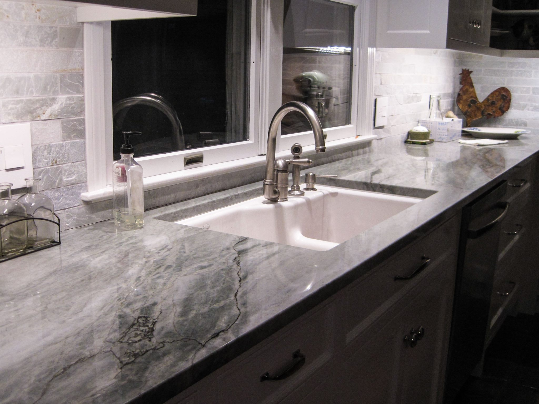 Sea Pearl Quartzite Kitchen