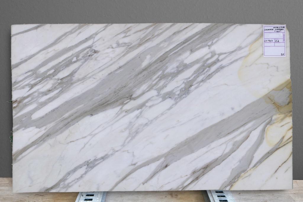 Calacatta Carrara Top