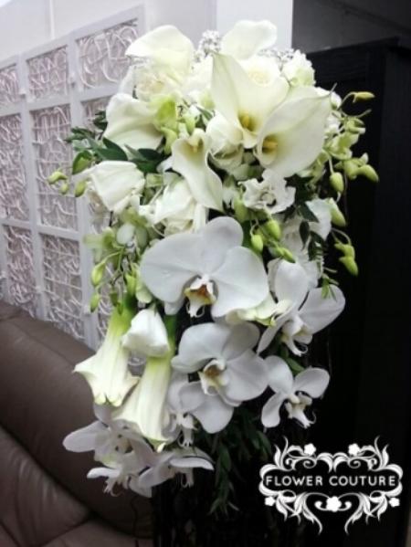 web-cascading-white-cream-bridal-bouq-a.jpg
