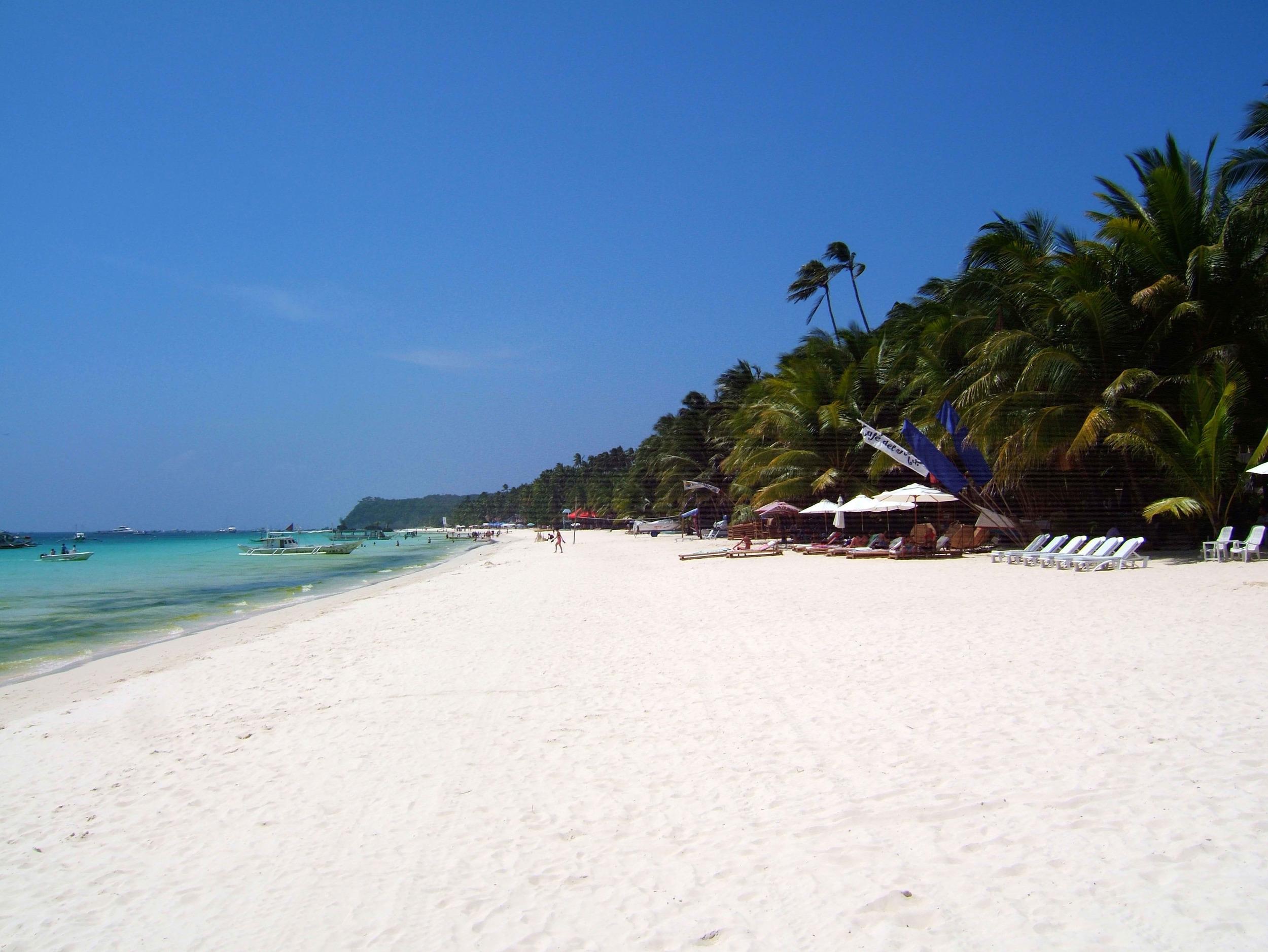 Philippines-Sugar-Islands-Caticlan-Boracay-White-Beach-Apr-2006-29.jpg