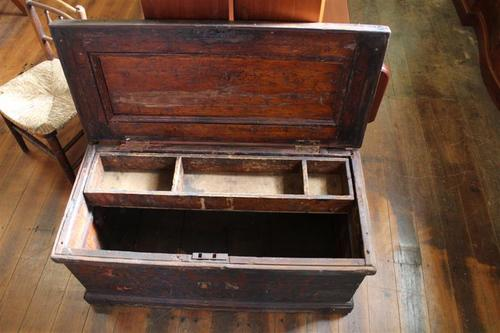 antique shipping trunk.jpg