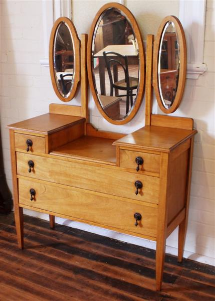 Antique Dressing Table.jpg.jpg