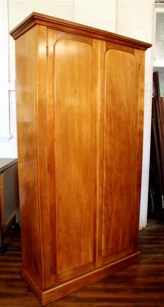 Vintage pine linen cupboard.jpg