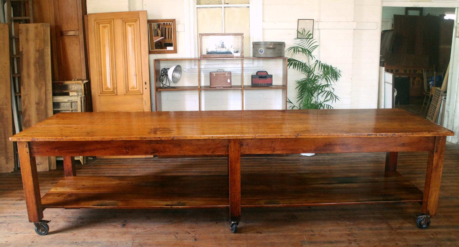 Pine work bench
