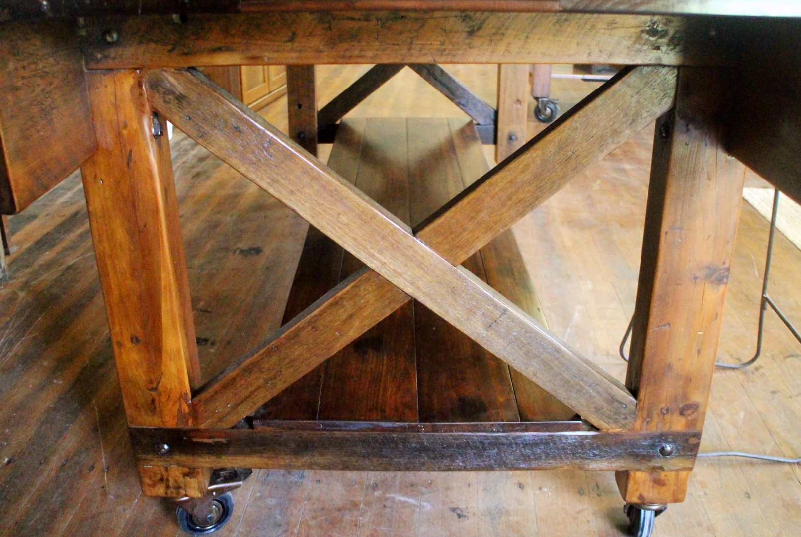 Vintage Bench Detail (2).jpg