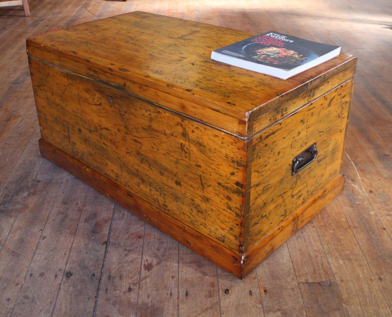 Pine Banket Box.jpg