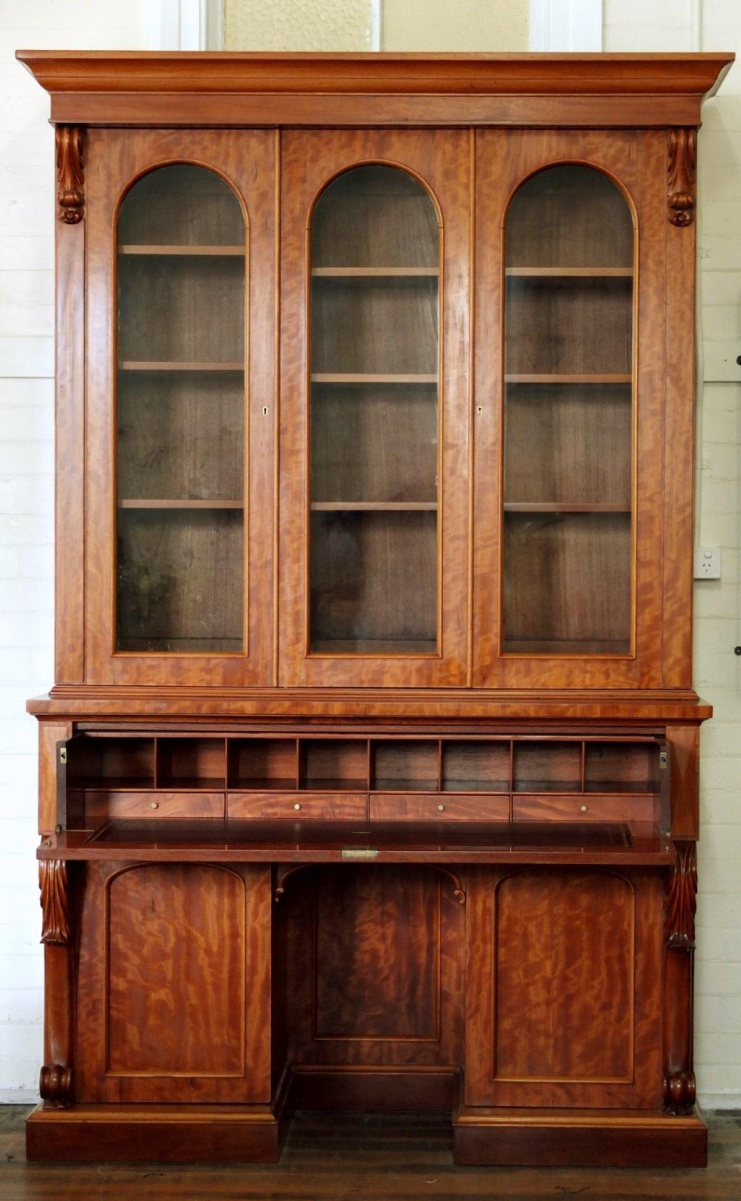 Lenehan Bookcase 2.jpg
