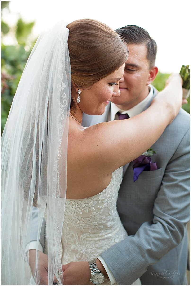 150816_blog_sacramento_wedding_photographer_danielle_alysse_photography_scribner_bend_vineyard_montgomery_031.jpg