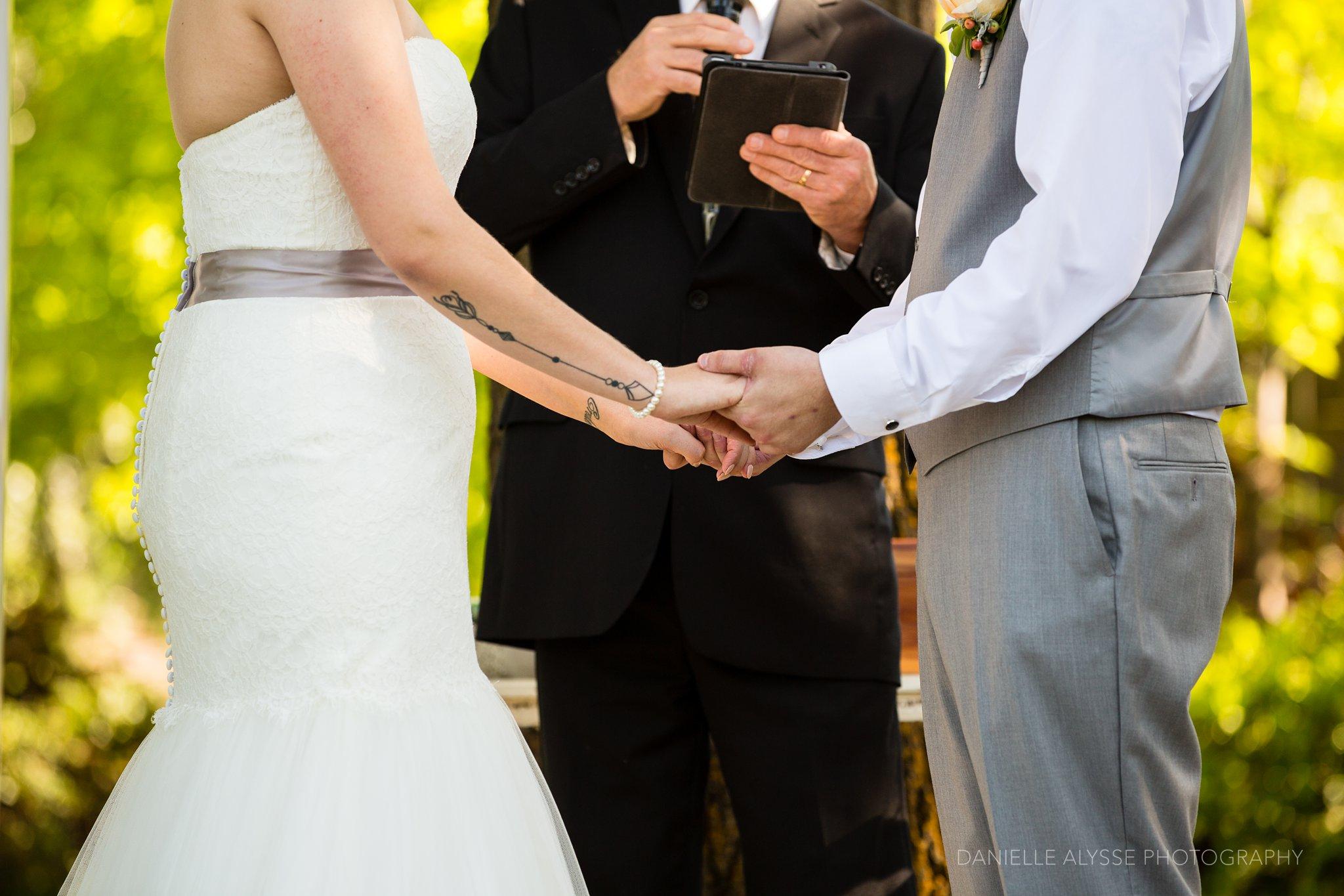 170507_blog_megan_david_wedding_loomis_flower_farm_inn_danielle_alysse_photography_sacramento_photographer0197_WEB.jpg