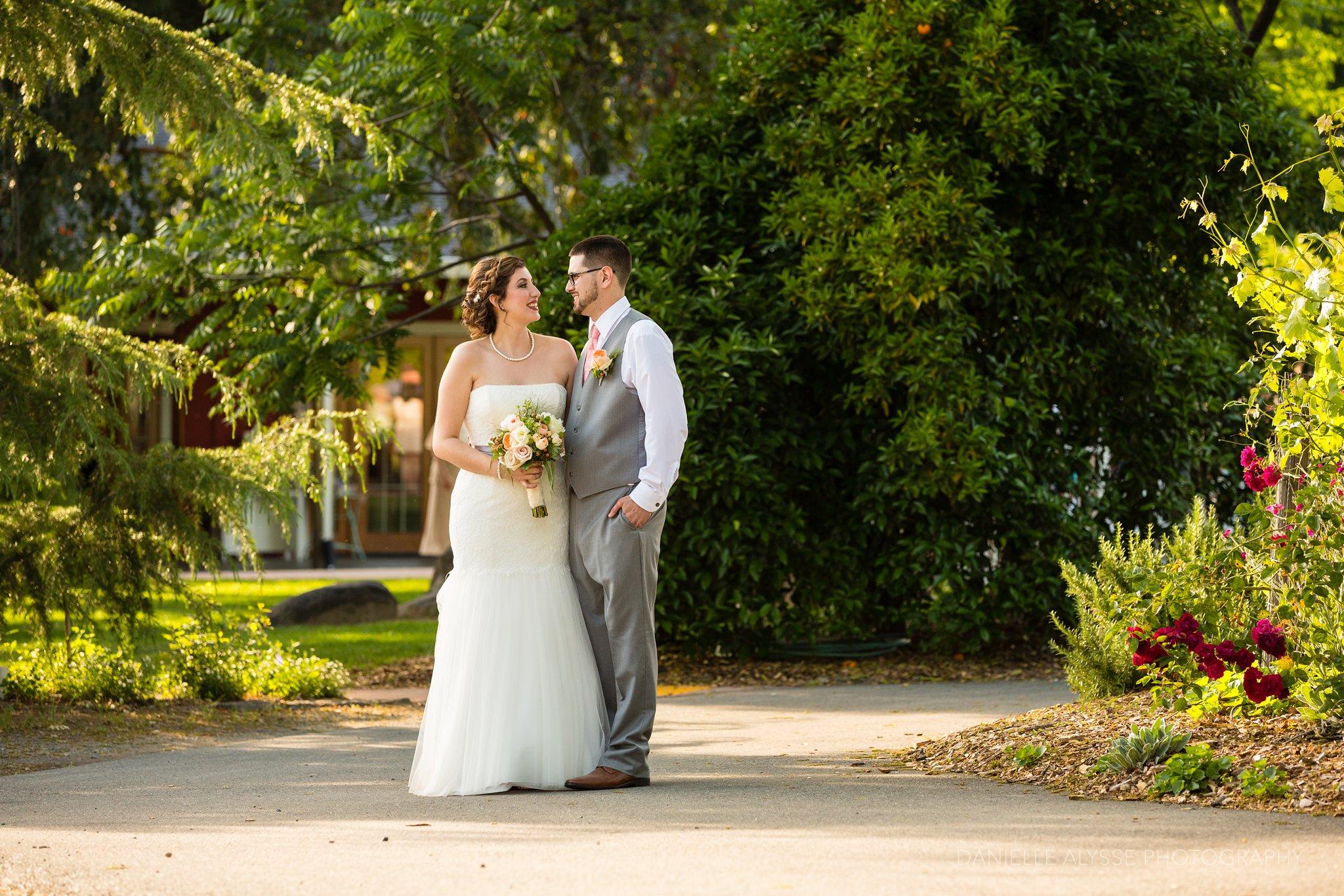 170507_blog_megan_david_wedding_loomis_flower_farm_inn_danielle_alysse_photography_sacramento_photographer0389_WEB.jpg