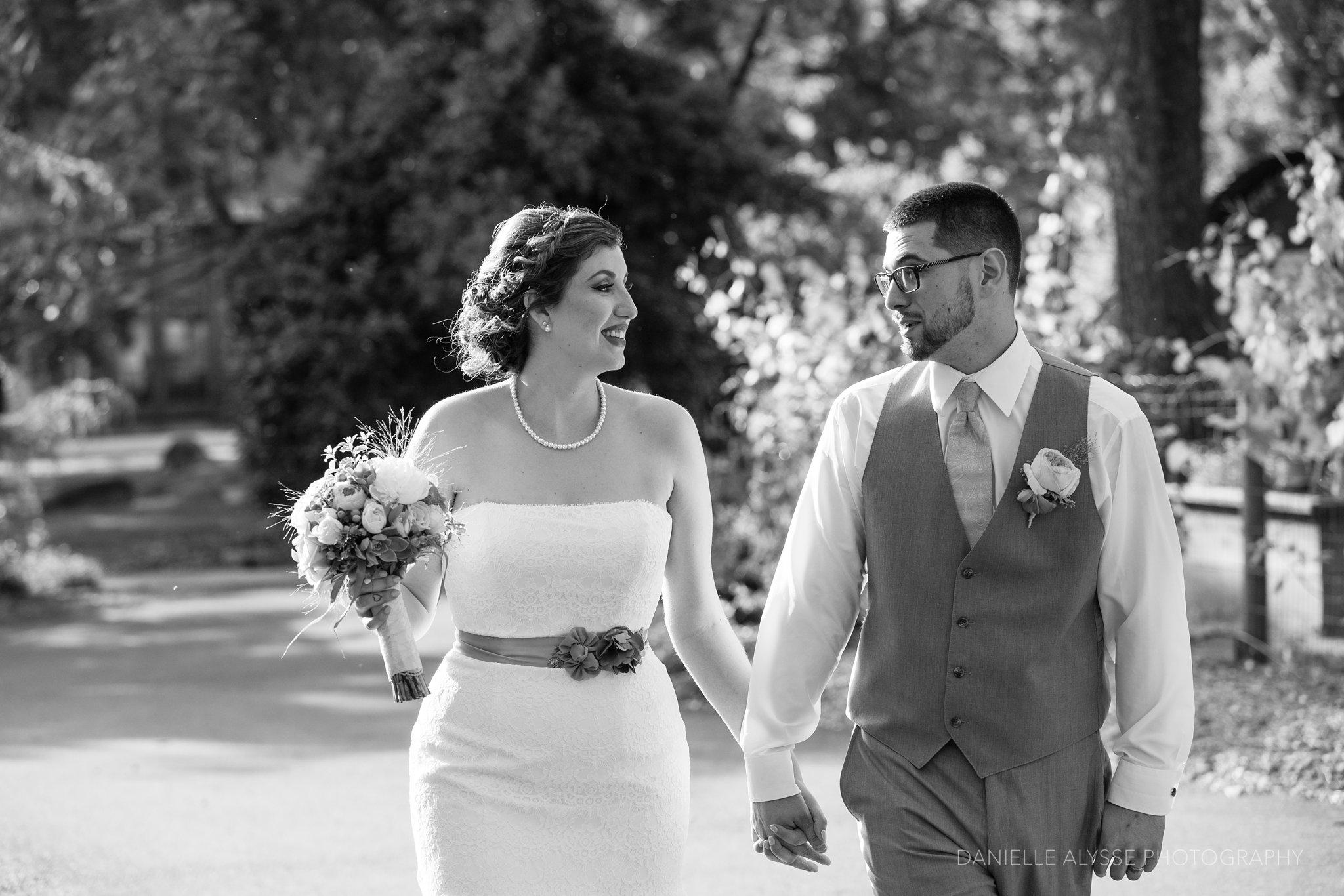 170507_blog_megan_david_wedding_loomis_flower_farm_inn_danielle_alysse_photography_sacramento_photographer0394_WEB.jpg