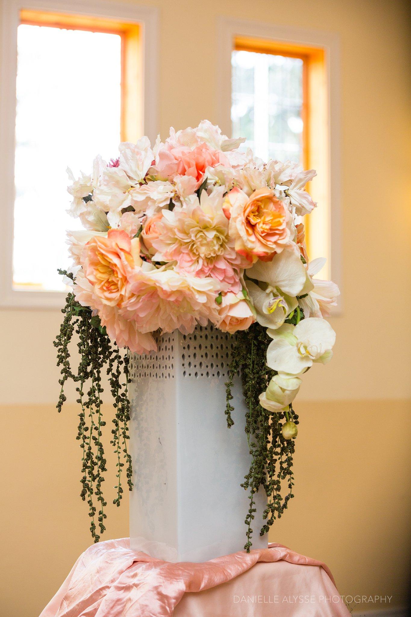 170507_blog_megan_david_wedding_loomis_flower_farm_inn_danielle_alysse_photography_sacramento_photographer0435_WEB.jpg