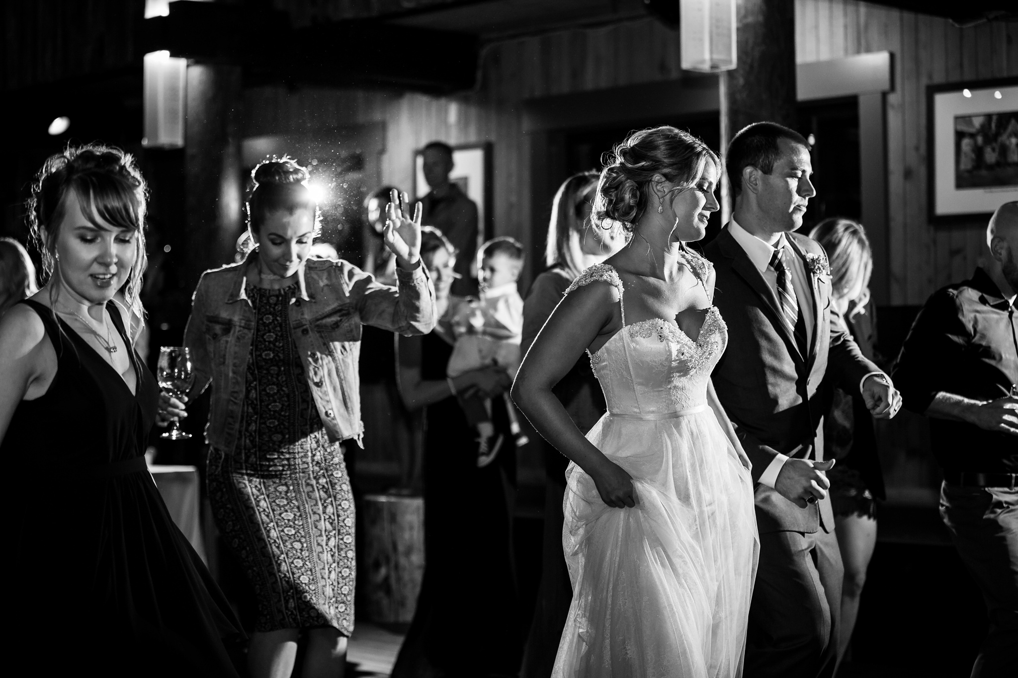 170819_blog_leslie_jeremy_wedding_bear_valley_lodge_arnold_danielle_alysse_photography_sacramento_photographer_deliver749_WEB.jpg