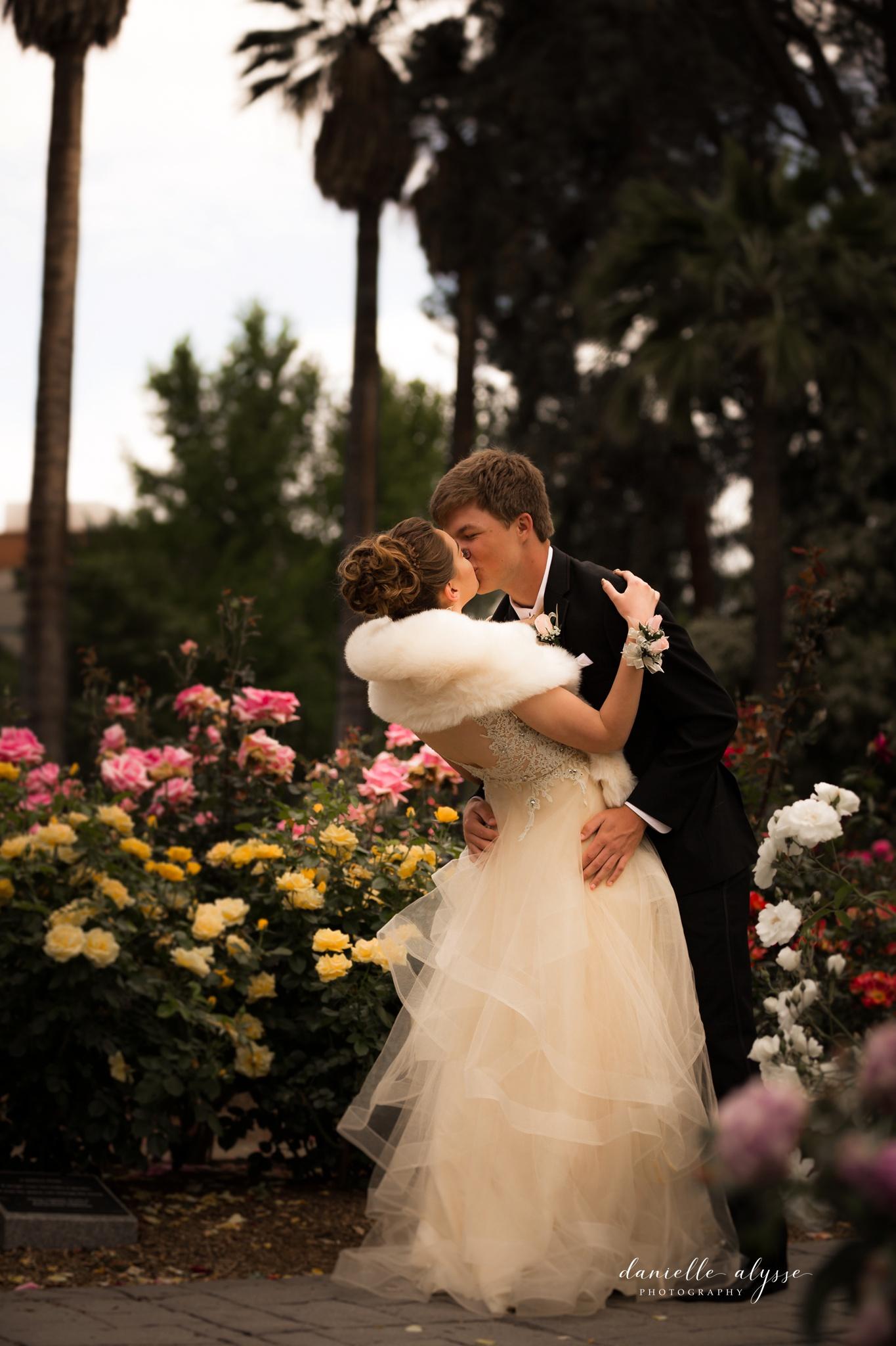 180428_prom_senior_ball_capitol_rose_danielle_alysse_photography_sacramento_photographer_blog_22_WEB.jpg