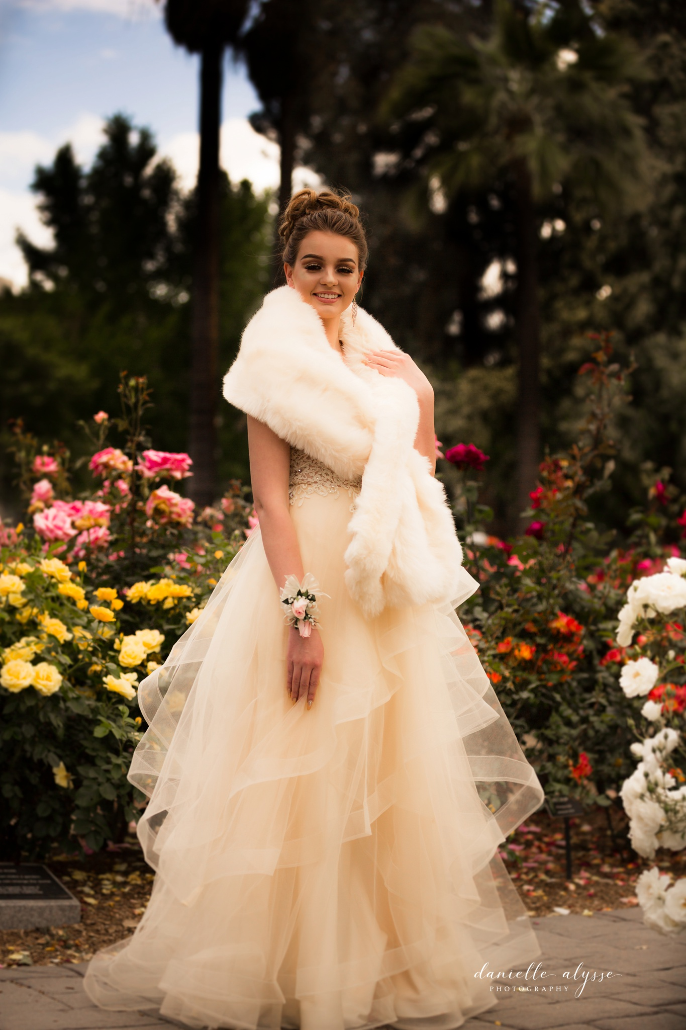 180428_prom_senior_ball_capitol_rose_danielle_alysse_photography_sacramento_photographer_blog_32_WEB.jpg